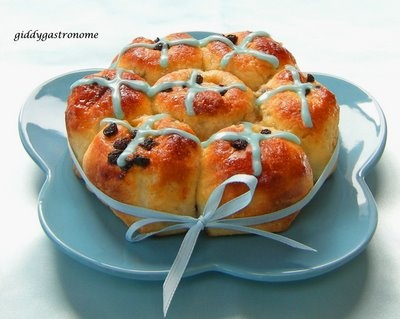 pull apart hot-cross buns with proper icing crosses instead of those ...