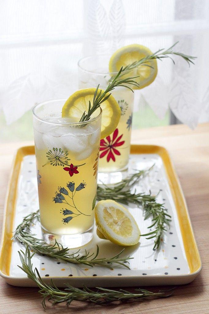 Honey Green Tea and Rosemary Refresher | drinks | Pinterest