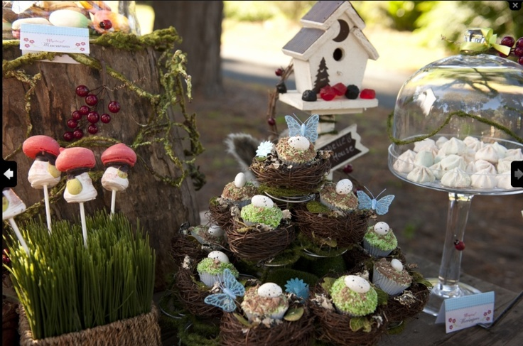 Enchanted forest 2 ans clem dans la for t enchant e for Decoration foret enchantee