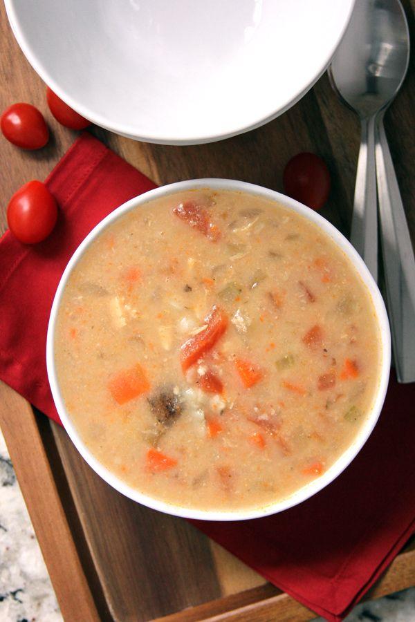 Slow Cooker Chipotle Chicken Soup | Melanie Makes melaniemakes.com