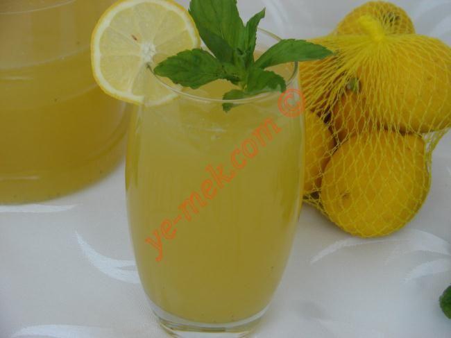 Homemade Mint Lemonade Recipe   Chin Chin   Pinterest