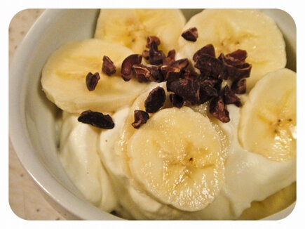 homemade whipped cream + banana + cocoa nibs *midnight snack*