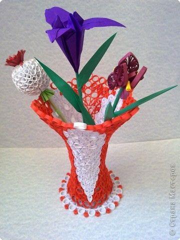 Как сделать из бумаги цветок и вазу из