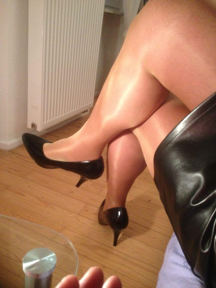 high thigh pantyhose crossed