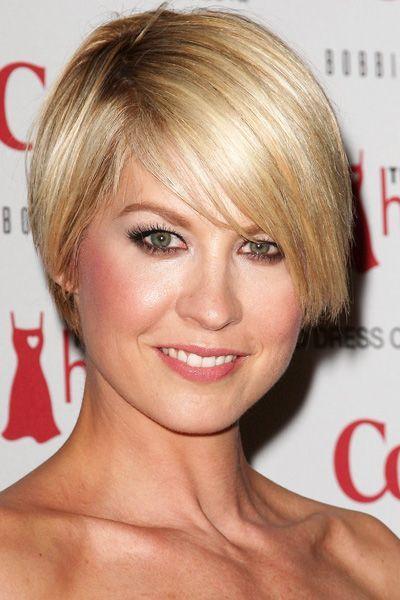 Jenna Elfman Short hair Marvelous Makeup & Heavenly Hair