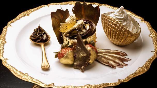 The Golden Phoenix Cupcake, Dubai, UAE