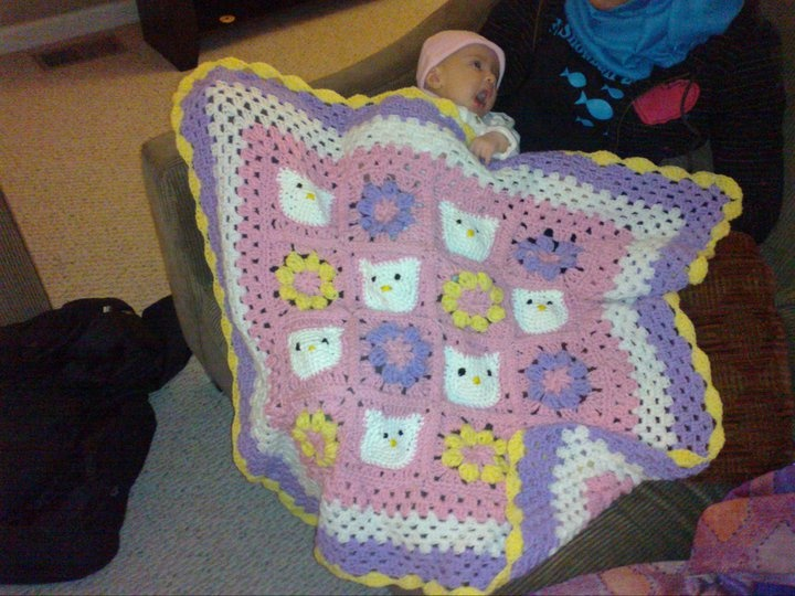 Crochet Pattern For Hello Kitty Baby Blanket : Pin by Lauren Trahan on Crochet Patterns Pinterest