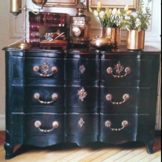 Home Decorating on Black Painted Dresser   Home Decor