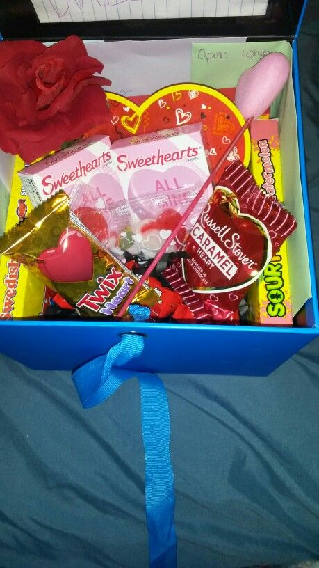 Valentines day gift for him! Diy, just box I got from walgreens ...