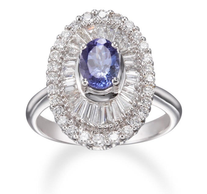Tanzanite #Ring White Gold