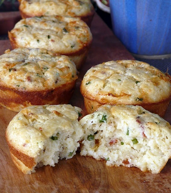 Bacon, Cheddar and Chive Muffins | Bread/Rolls/Muffins | Pinterest