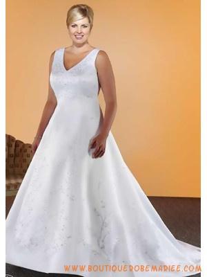 Robe de mariée grande taille col V  Robe de mariée grande taille ...