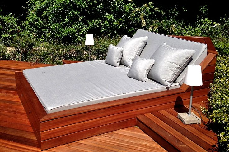 Outdoor pool beds overview deck pinterest for Outdoor pool bed