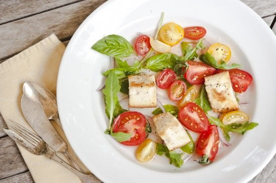 tomato + bread salad | Yummy Food | Pinterest