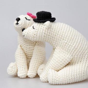 Free Amigurumi Crochet Patterns Fox : Kissing bears amigurumi pattern by StuffTheBody