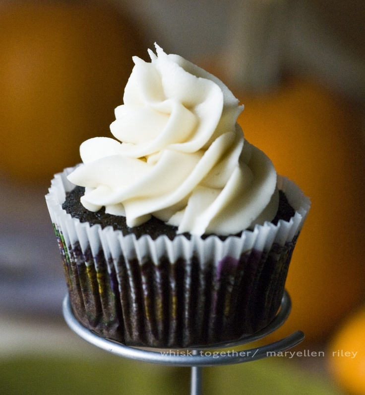 Root Beer Float Cupcakes   Oh my cupcakes!   Pinterest