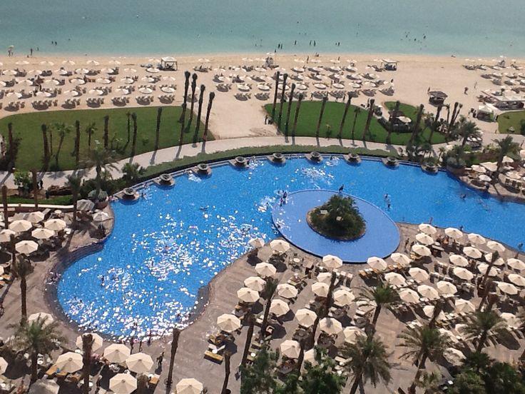 Atlantis Hotel In Dubai Infinity Pool Impressive