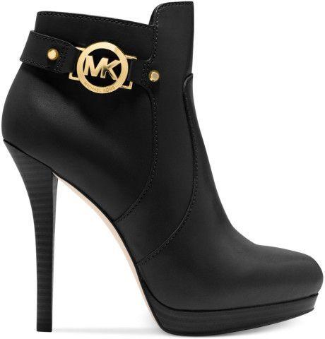 michael kors black short boots happy feet pinterest. Black Bedroom Furniture Sets. Home Design Ideas