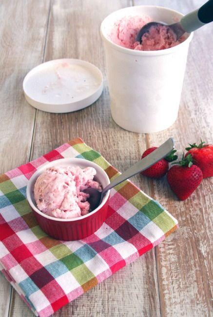 STRAWBERRY SOUR CREAM ICE CREAM 1 pound fresh strawberries, rinsed and ...
