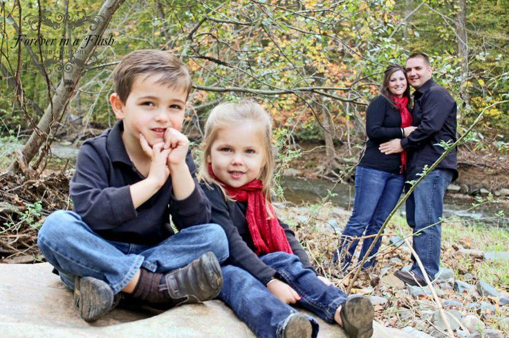 Family Photo Poses Ideas For 4 People Posefamily Of