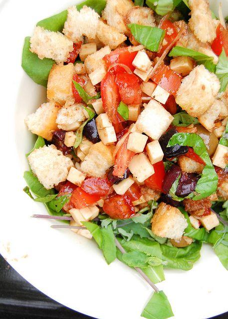 Panzanella (Italian Bread Salad) | Dinner Time! | Pinterest