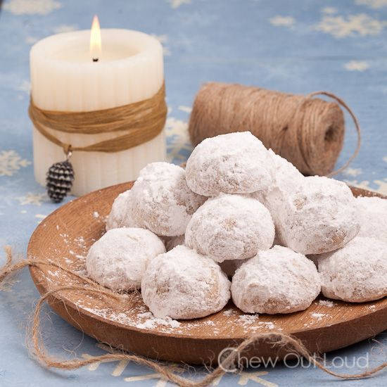 Snowball Cookies (Russian Tea Cakes) - Literally melts in your mouth ...