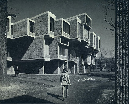 Brutalist architecture industrial brutalism pinterest for Architecture brutaliste