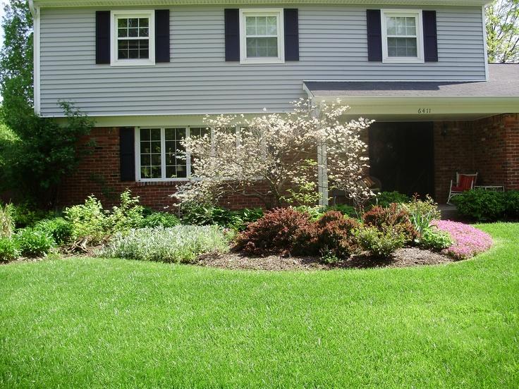 front yard perennial border bed favorite garden ideas pinterest. Black Bedroom Furniture Sets. Home Design Ideas