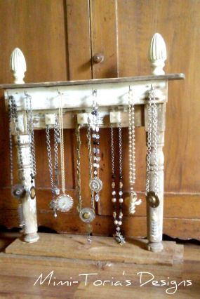 Cute repurposed junk jewelry display for Repurposed jewelry holder