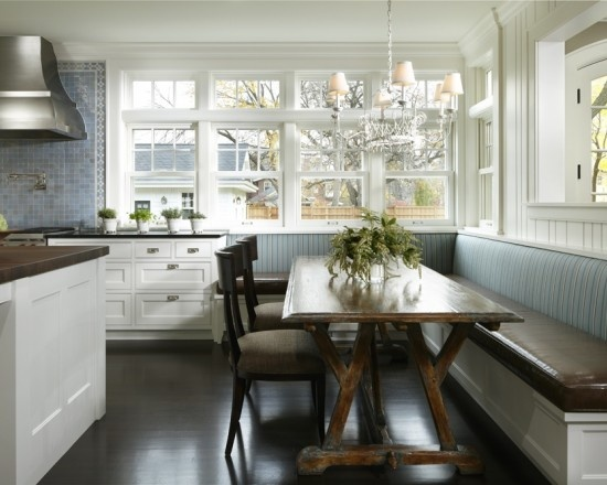 Built in banquette hsh kitchen banquette pinterest - Banquettes in kitchens ...
