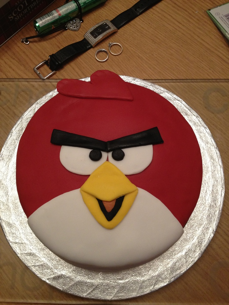 Angry bird cake...another idea for Ruben's birthday