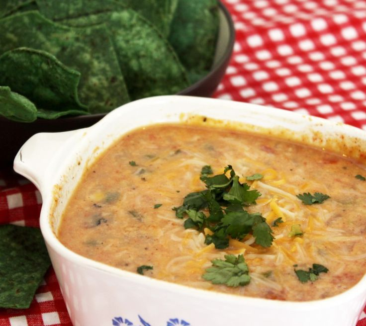 Skinny Queso Dip - Creamy cheese dip with fewer than 65 calories a ...