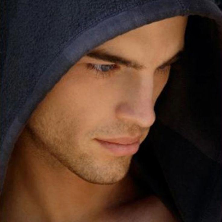 ...handsome guy in black hoodie | Ideal Type ♥
