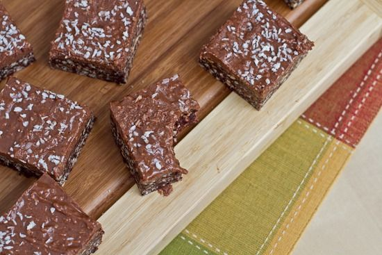 No Bake Peanut Butter Chocolate Crispies with PB 'Fudge' (vegan ...