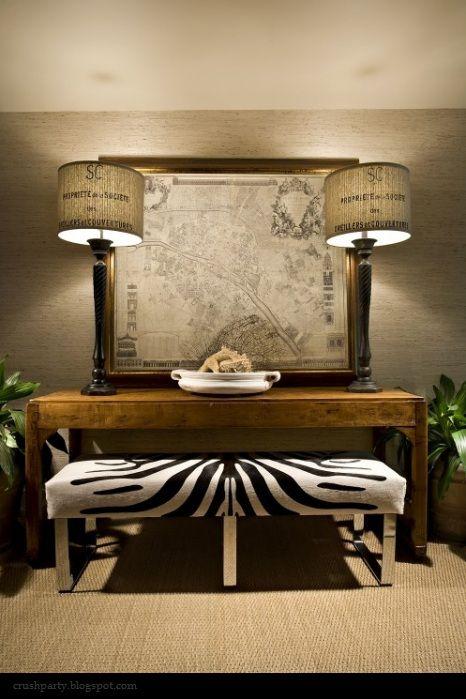 Hall table/ottoman