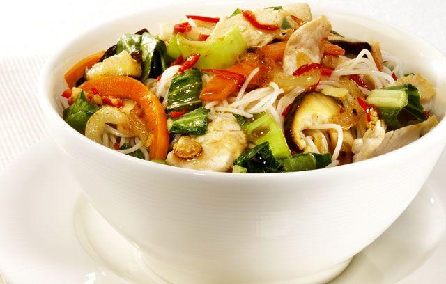 Thai Noodle Stir Fry | Healthier Food & Drink Ideas | Pinterest