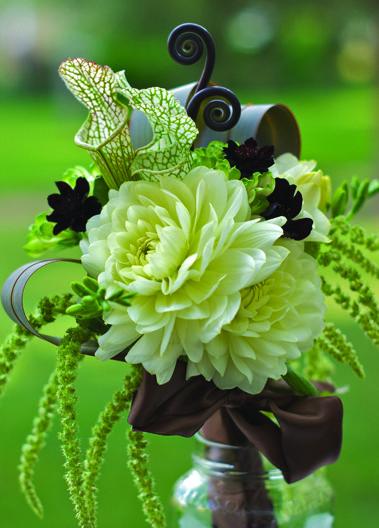 Flowers by Ruby Bloom | @UTbrideandgroom