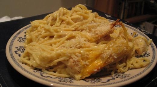 Cheesy Chicken Spaghetti Casserole | Favorite Recipes | Pinterest