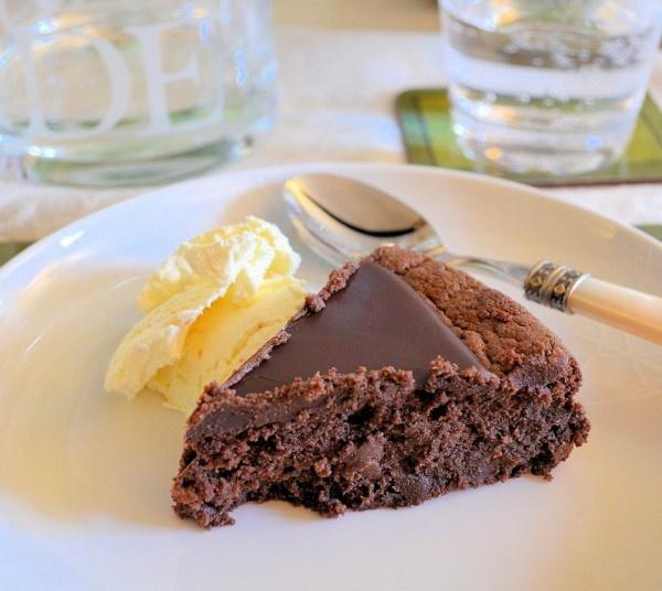 Chocolate and Marmalade Cake with orange Ice cream (no recipe here ...