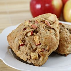 Whole Wheat Apple Scones - all the flavors of apple pie in a light ...