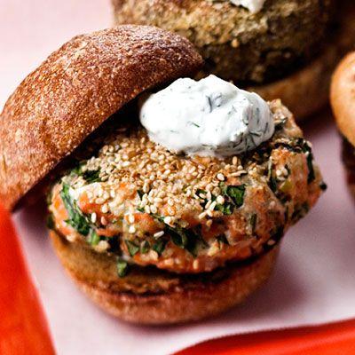 Sesame Seed-Crusted Salmon Burgers With Yogurt Sauce