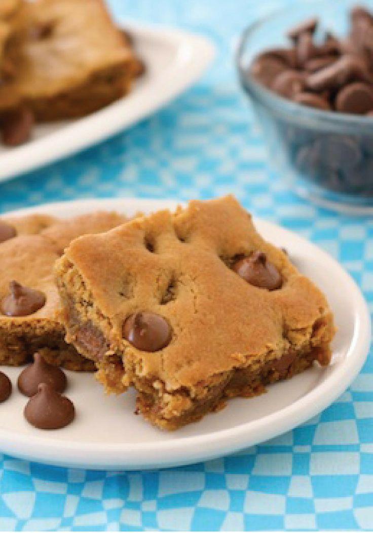 Peanut Butter Chocolate Chip Blondies – This dessert recipe is easy ...