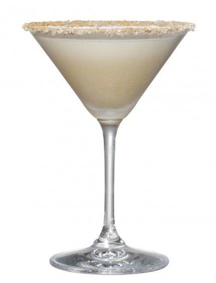 Holiday Cocktails: Turtle Doves,,,vanilla vodka, hazelnut liqueur, Amaretto, cream..rimmed in cinnamon and sugar crystals