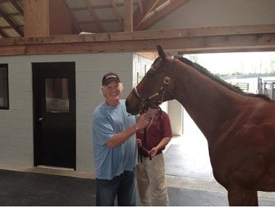 Terry Bradshaw scores some bonding time with 2011 Horse of the Year Havre De Grace