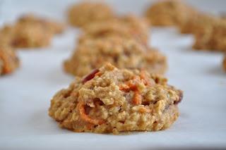 oatmeal carrot cake cookies