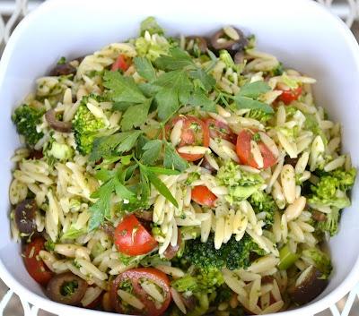 Broccoli Orzo salad | Vegan Info | Pinterest