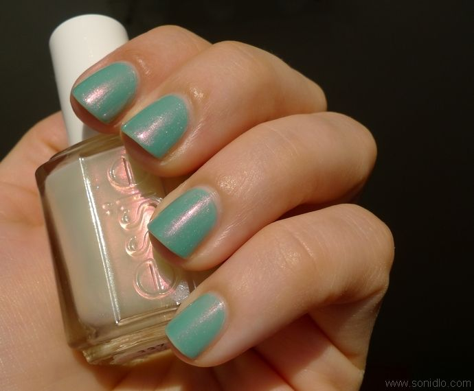 Essie Kisses and Bises over Essie Greenport