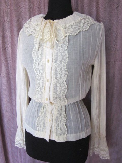 Old Fashioned White Blouse 72