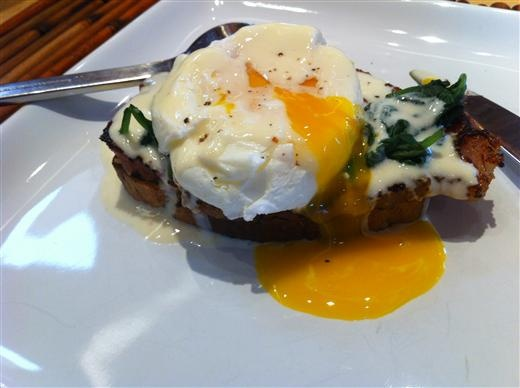 Eggs Florentine the Eat-Clean Gluten-Free Way - The Kitchen Table ...