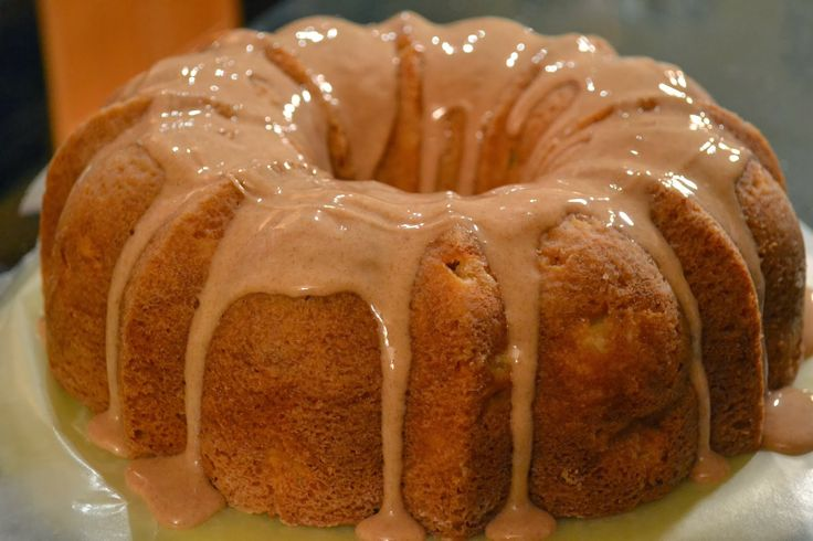 Cinnamon Apple Sour Cream Cake With Spelt Recipe — Dishmaps